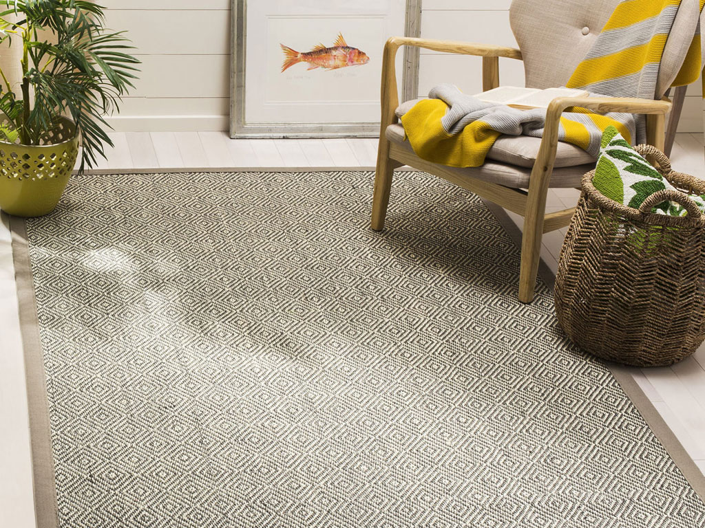What are the Easy Ways of Cleaning the Sisal Rugs and Carpets?