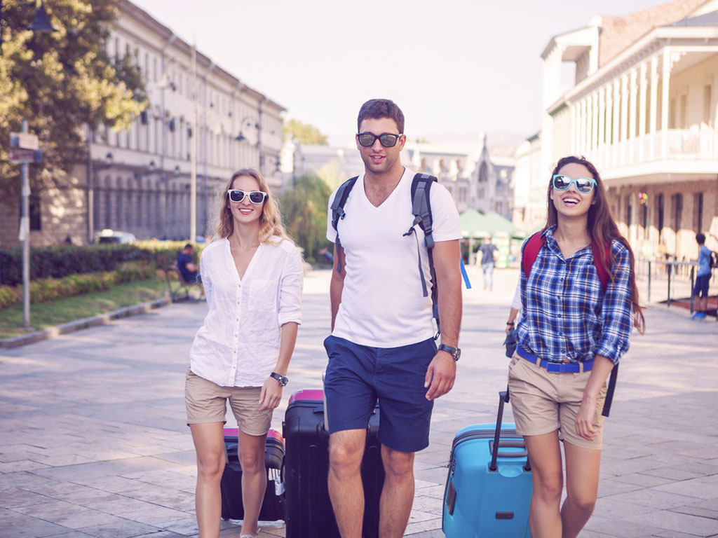 5 Tips on Finding the Right Travel Buddy